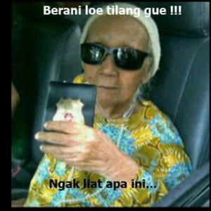 Meme nenek gaul lucu terbaru