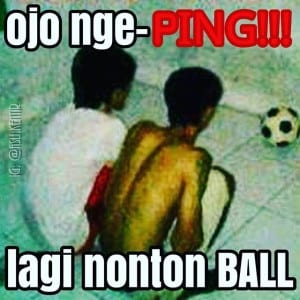 meme-konyol-nonton-bola