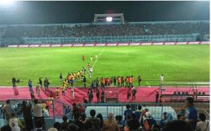 Stadion Termegah dan Terbesar di Indonesia Stadion Gelora Bung Tomo Jawa Timur