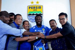 Michael Essien Persib Bandung